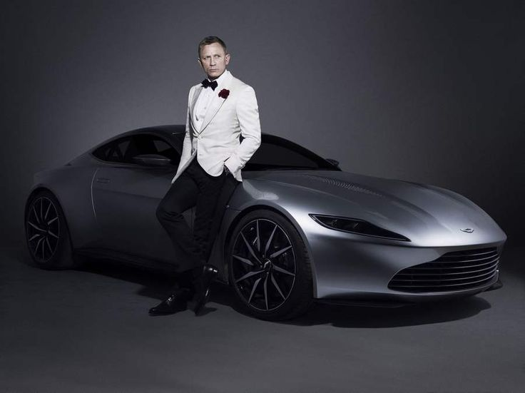 James Bond's Aston Martin DB10 (4)