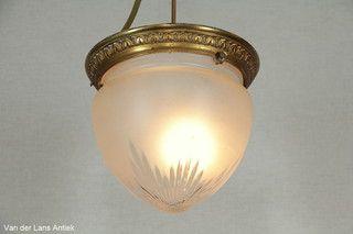 Antieke plafonniere 26363 bij Van der Lans Antiek. Meer antieke lampen op www.lansantiek.com