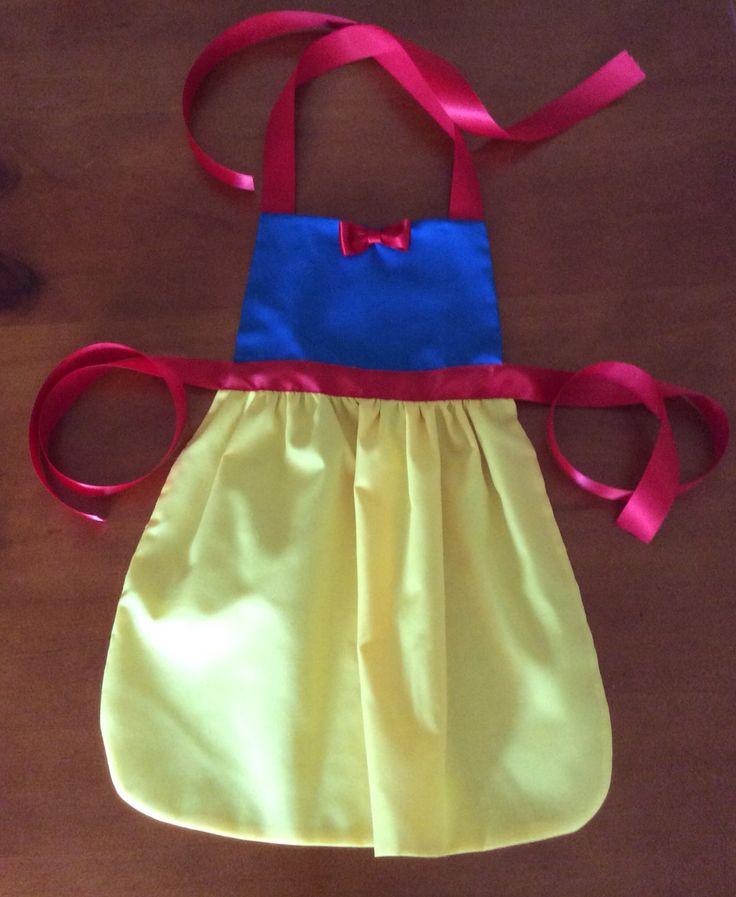 Handmade Snow White princess apron. www.owlycoos.com