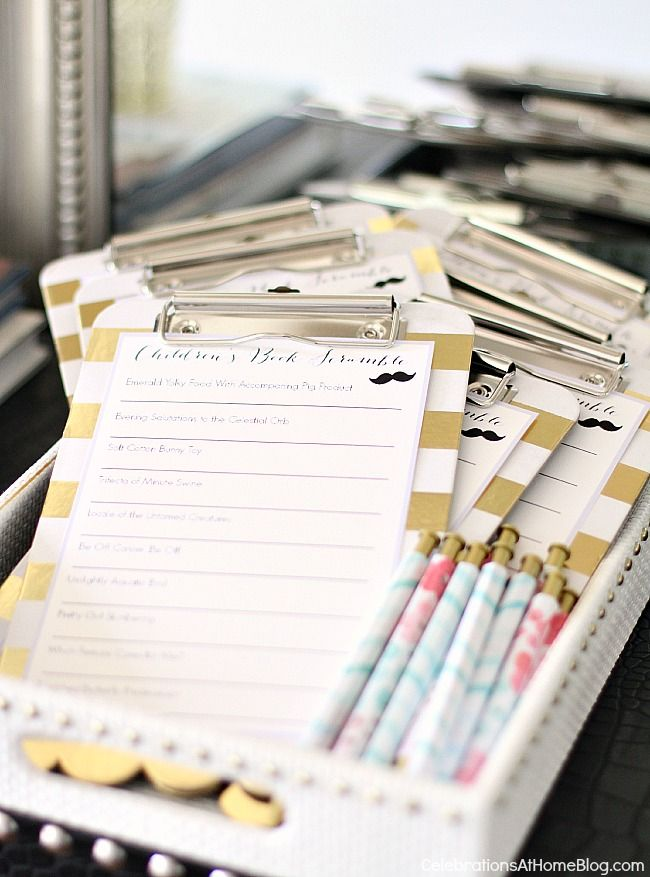 baby shower sip and see game cards on mini clip boards