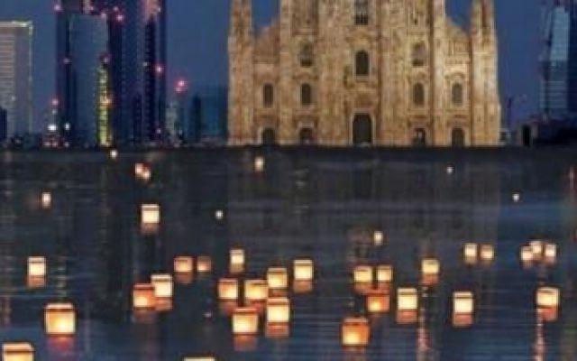 Darsena: lanterne sull'acqua, vascelli di pace Suggestivo e simbolico evento organizzato alla Darsena di Milano: la notte delle lanterne galleggianti sulla acqua è una bellissima occasione per pensare e condividere pensieri di pace per un futuro  #nottedellelanterne #milano #darsena