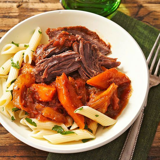 Slow-cooked beef and vegetables get a hint of anise flavor from fennel and a taste of Italy from tomato-basil pasta sauce.