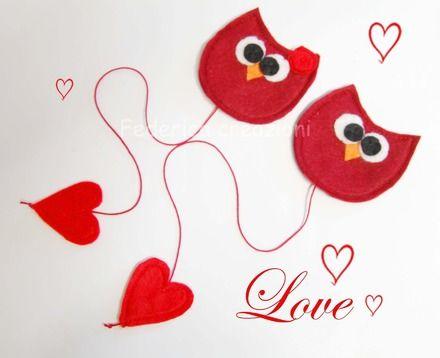 Coppia di gufi innamorati, segnalibro in morbido feltro, per non perdere mai il segno. Questa coppia di gufi si ama molto e sono inseparabili,per questo motivo vengono venduti in  - 7078409