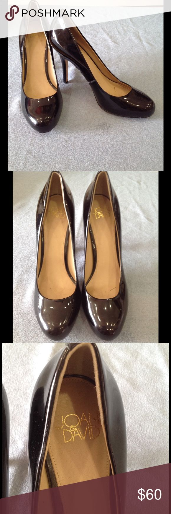 Joan & David Black Shiny Classic Pumps Size 6.5 These are classic shiny black pumps that can easily be dressed up or down! Little to no wear on the bottom of the shoes! Joan & David Shoes Heels