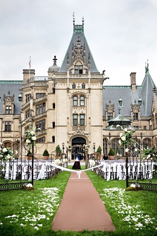 Wedding at the Biltmore Estate - I've always wanted to get married here. It's absolutely stunning.