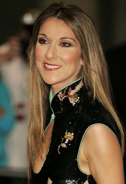 Legendary Celine Dion in Black Cheongsam Qipao Oriental Chic  http://www.chinesefashionstyle.com/cheongsams-qipao/