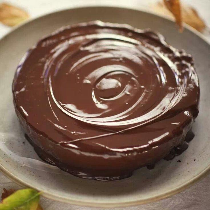 Whittakers chocolate cake yum!!