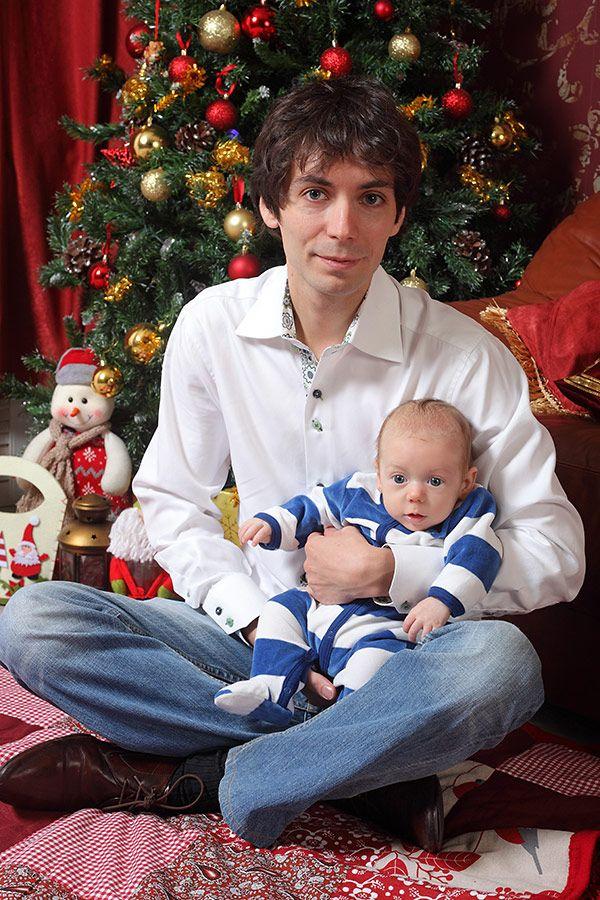 фотосессия с малышом у елки