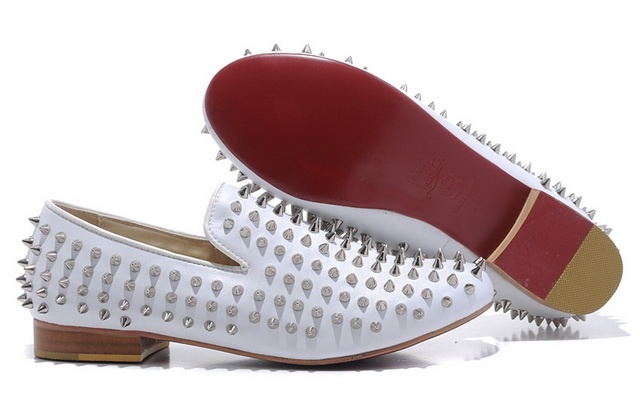 http://www.redsolesale.com/men-christian-louboutin-rollerboy-spikes-flats-leather-white-p-122.html