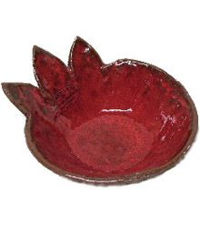 This red pomegranate serving dish is perfect for your honey on Rosh Hashanah.  Handmade in Israel by artist Dani Goren. 5