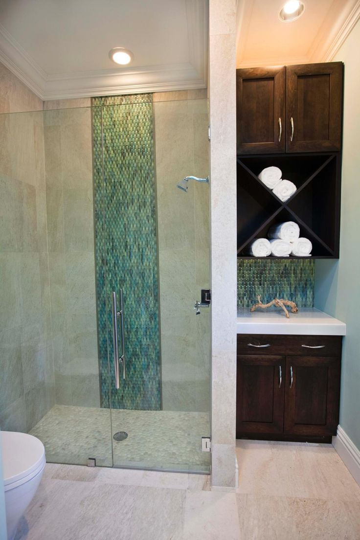 Best Make A Small Bathroom Look Big Images On Pinterest - Green bath towels for small bathroom ideas