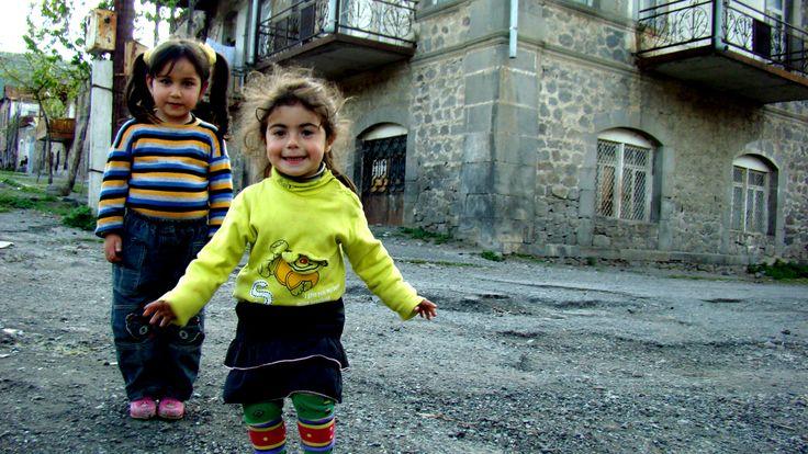 Goris children
