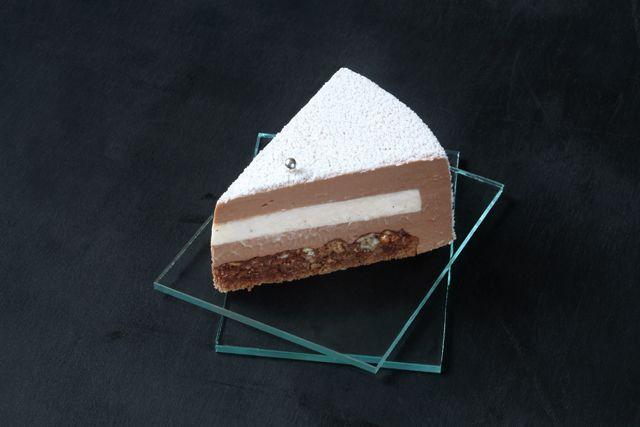 A receita em português está em baixo. На создание этого торта меня вдохновила такая, в общем-то, банальная и ставшая уже привычной...