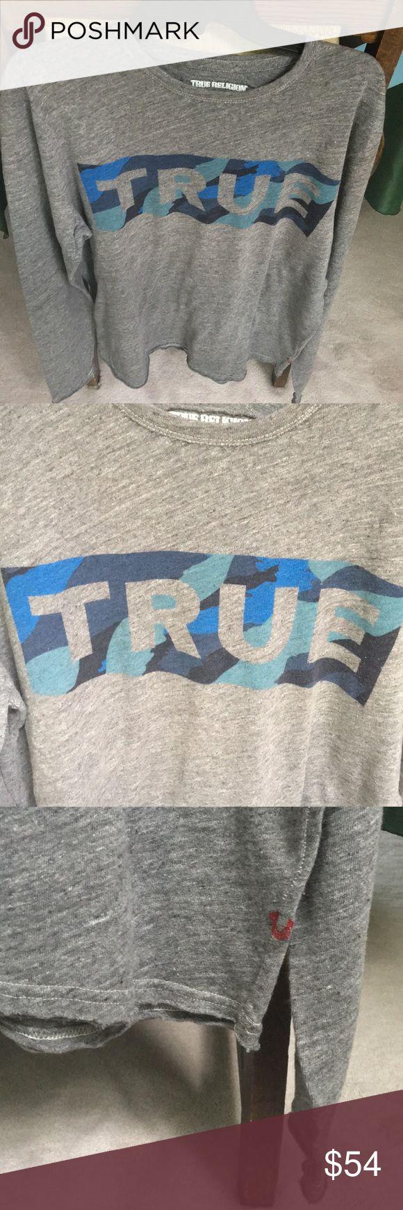 NWT True Religion True camo artwork LS NWT True Religion True camo artwork LS. Color: gray marl. Style M17ST30F1G. Size XL. Made in Turkey. 100% cotton. Happy poshing☺️👍 True Religion Shirts Tees - Long Sleeve