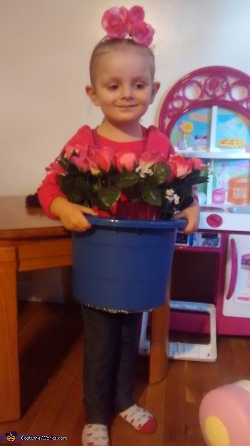 Flower Pot - Halloween Costume Contest via @costume_works