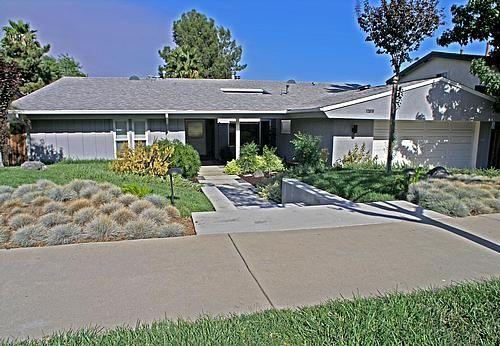 Los Angeles Modern Homes - Affordable MCM Living in Granada Hills - SOLD