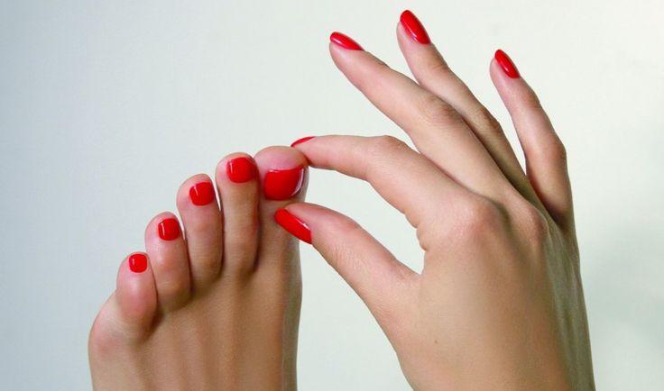 Sfaturi utile sa ai o pedichiura perfecta toata vara on http://www.beashop.ro/blog/sfaturi-utile-sa-ai-o-pedichiura-perfecta-toata-vara/