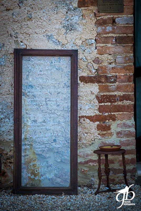 wedding menu on the window Con le ballerine verdi{Real Wedding} Fausto e Elenaby Con le ballerine verdi