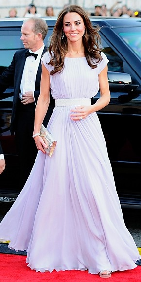 Kate Middleton. Such a gorgeous, classy dress - modest and elegant