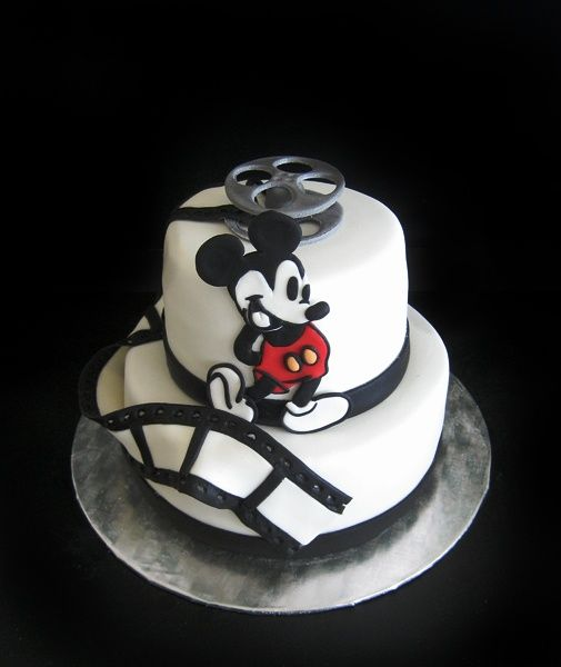 Mickey Mouse Cake...  (I KNOW WHAT CAKE I AM MAKING FOR MY B-DAY!!!!)