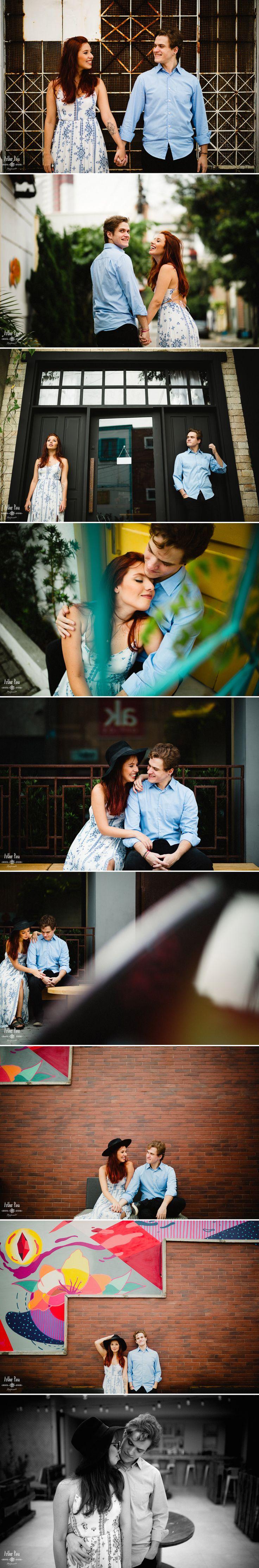 Inspiração sessão de casal pré-casamento. Fotos de casal na cidade. Looks para fotos alternativas.
