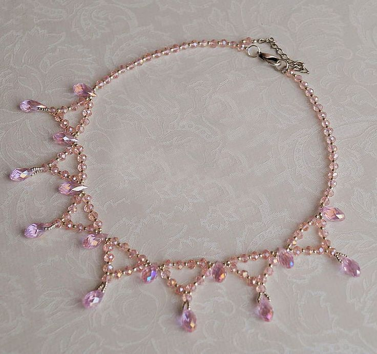Free pattern for necklace Zefir