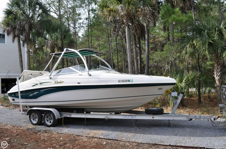 2000 Rinker 23 Boat For Sale in Mt Pleasant, SC