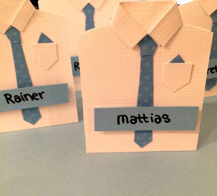 På onsdag lagde jeg bordkortene til Mattias sin konfirmasjon. Disse stilige skjortebordkortene ha...