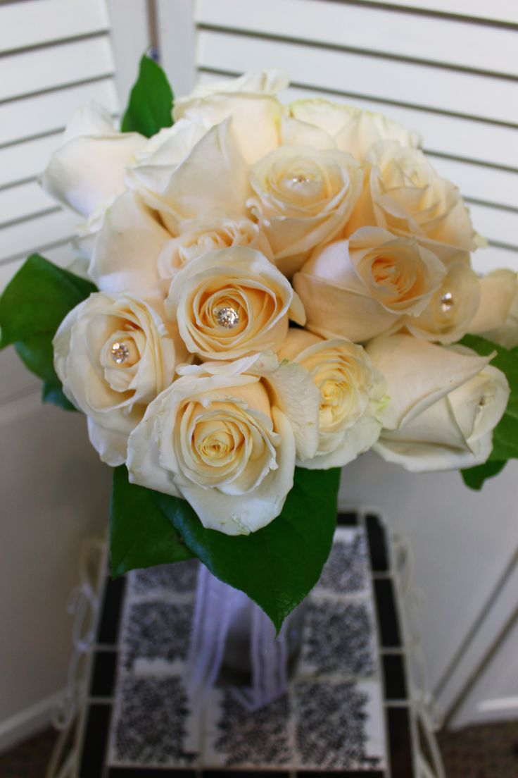 Come get your own beautiful rose and gem bouquet now!