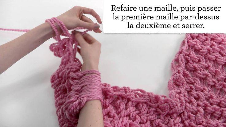 Apprenez comment tricoter avec vos doigts et compléter votre propre écharpe super douce et douillette en moins d'une heure! Cette vidéo est parfaite pour les débutantes.