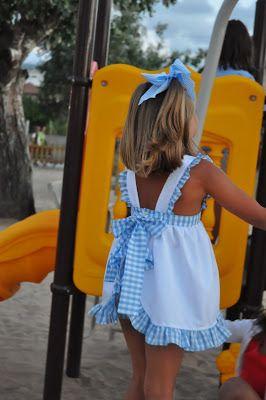 Vistiendo a tres.: Volviendo a la niñez...