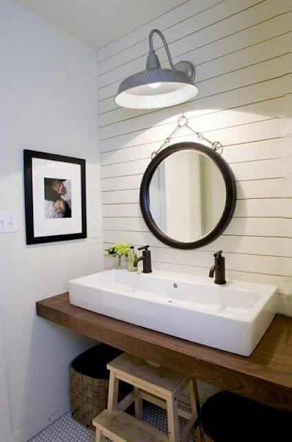 Banheiro Pequeno Remodelado!por Depósito Santa Mariah