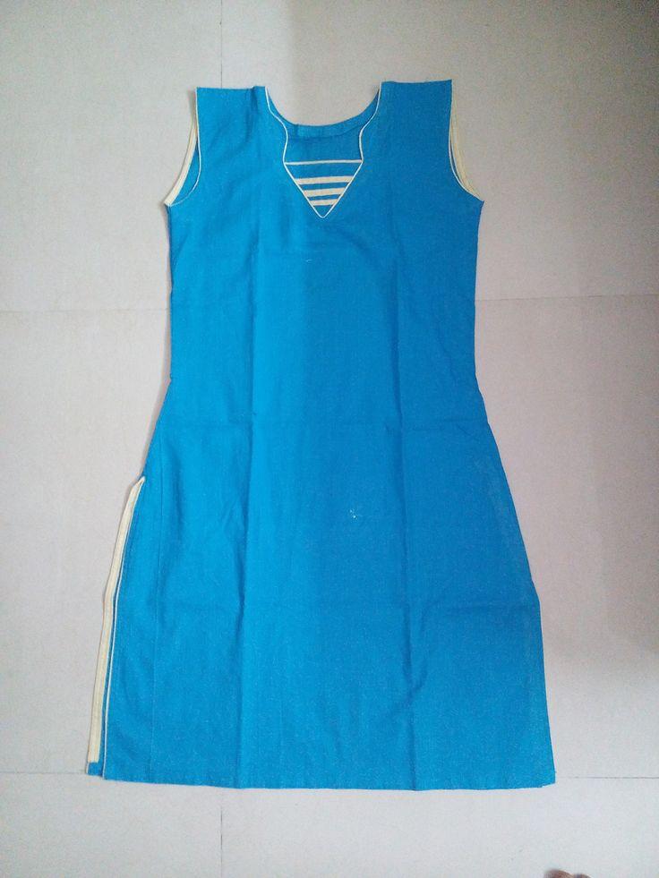 sleeveless top (Kurta)