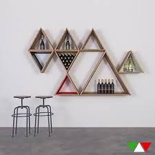 Risultati immagini per parete espositiva bottiglie