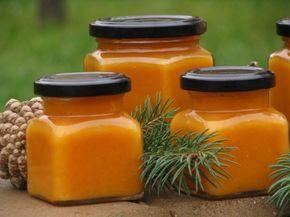 Kellemesen – azaz durván – édes, gyönyörű halványsárga színű krém készül a tökből. Üvegekbe töltve lekvárhoz hasonlóan tárolható és alacsony vércukorszint alkalmával fogyasztható....