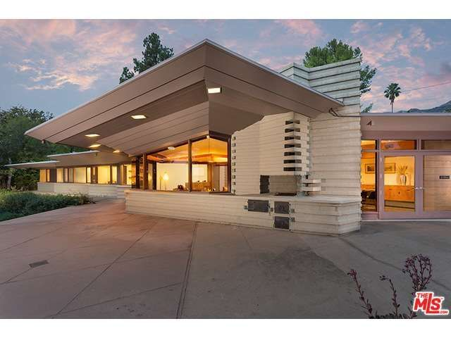 17 best images about frank lloyd wright homes on pinterest for Frank lloyd wright modular homes