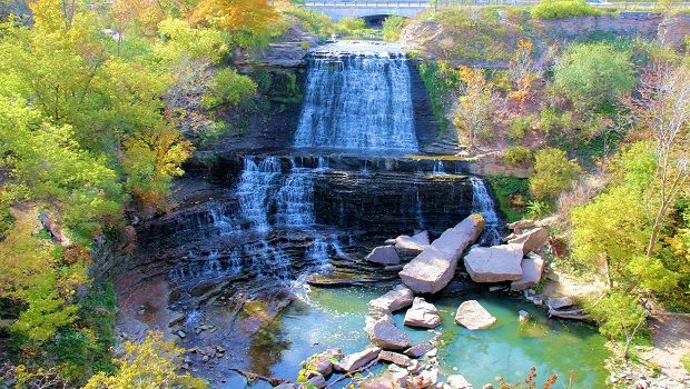 Check outsome of Southern Ontario's must-see road-trip destinations. Pack a picnic basket, gas up the minivan and get ready to explore!
