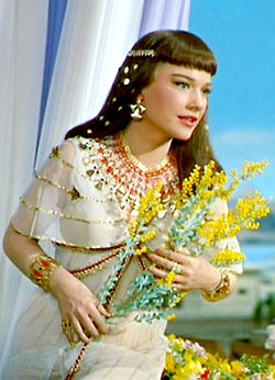 Anne Baxter ~ The Ten Commandments, 1956 . Never has Ancient Egypt looked so much like the US in the 1950s.