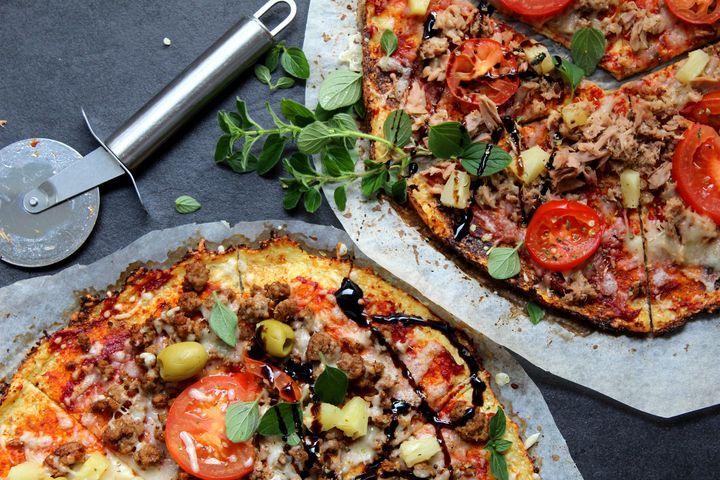 Jauhottomat pizzat - pizzapohja kukkakaalista - Jannen Keittiössä
