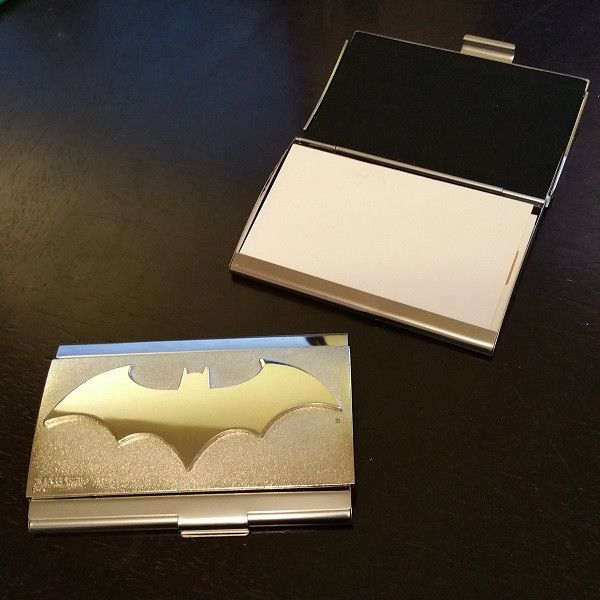 Let clients know that like the Dark Knight™ himself, you are prepared for any situation with this attractive Batman® business card case! Made from high quality metal and featuring the embossed bat log