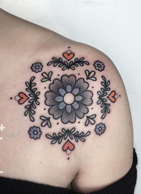 Floral old-school tattoo
