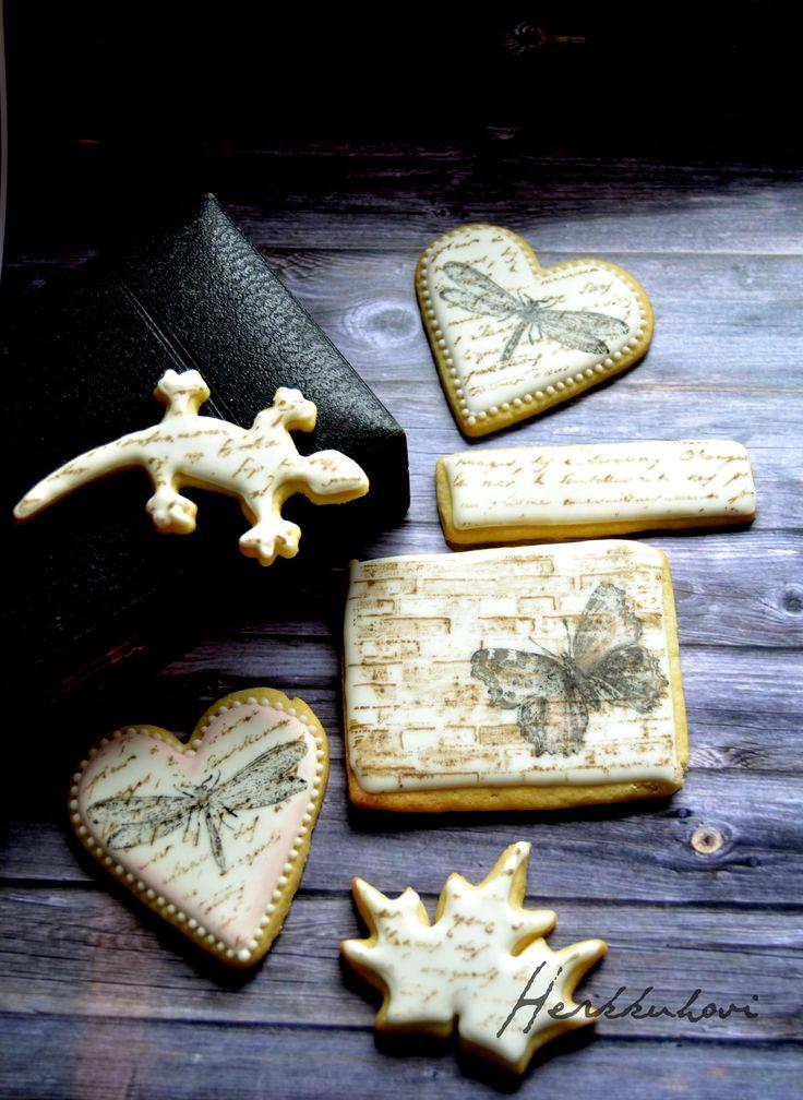 Stampcookies  http://herkkuhovi.blogspot.fi/2015/09/leimatut-pikkuleivat.html