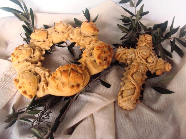 corona e croce pane artisrtico