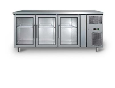 GLASS DOOR UNDER BENCH FRIDGES are very popular for kitchens, bars and any servery and preparation area.