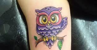 Resultado de imagen para tatuajes de buhos pequeños para mujeres