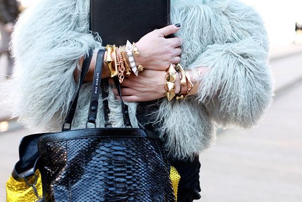 details: Fashion Week, Spikystud Bracelets, Nyfw Fashion, Pretty Things, Street Styles, Amazing Bracelets, Bangles Bracelets, Arm Parties, Jewelry Boxes