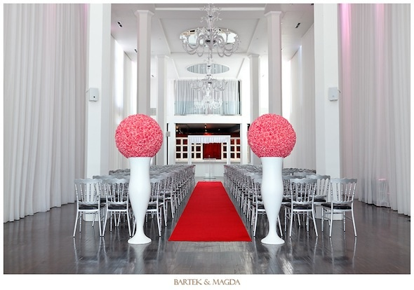 Perfect for your wedding party at Montreal: Le Loft Hotel | Leslie Passerino