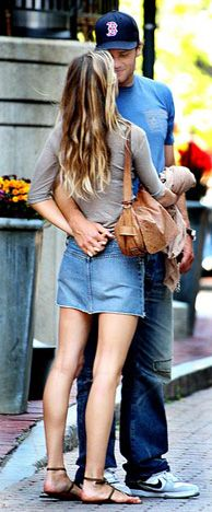 In Sync Photo - Tom and Gisele's Most Romantic Moments - Us Weekly