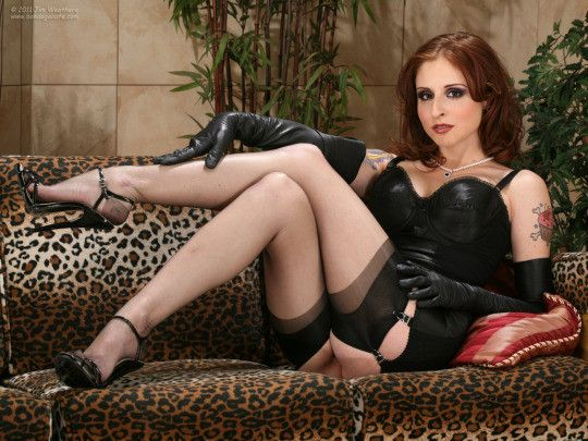 You are not enough for me hobby. #mistress #cuckold