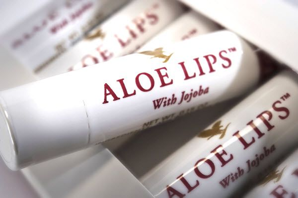 The soothing properties of aloe vera are ideally suited to care for your lips. Aloe, jojoba and beeswax combine to create the finest all-season lip product on the market today. Forever Aloe Lips™ soothes, smoothes and moisturizes chapped and dry lips. Whether you are skiing, sunbathing, or enjoying the outdoors, its compact size makes it convenient to keep on hand. If your lips could talk, they'd ask for Forever Aloe Lips!